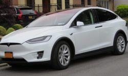 2017 Tesla Model X: The best electric people carrier yet